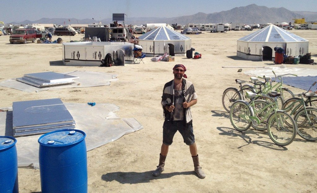 Mike Mindel building Hexayurts at Burning Man 2014 :: Caravansary